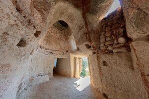 """Il mistero delle """"Grotte degli Sbariati&"""