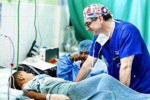 """Domenico Scopelliti e """"Operation Smile&"""
